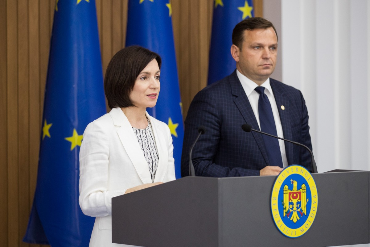 Dualitatea de putere la Chișinău s-a încheiat. Curtea Constituțională și-a anulat propriile decizii: Guvernul Sandu este legal