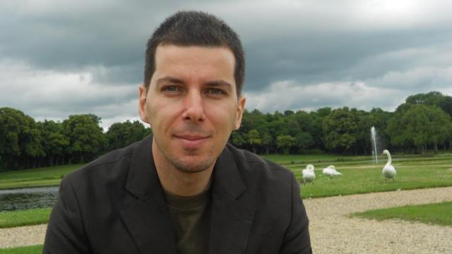 Jurnalistul Marius Constantinescu își lansează ultimul volum, la Sibiu