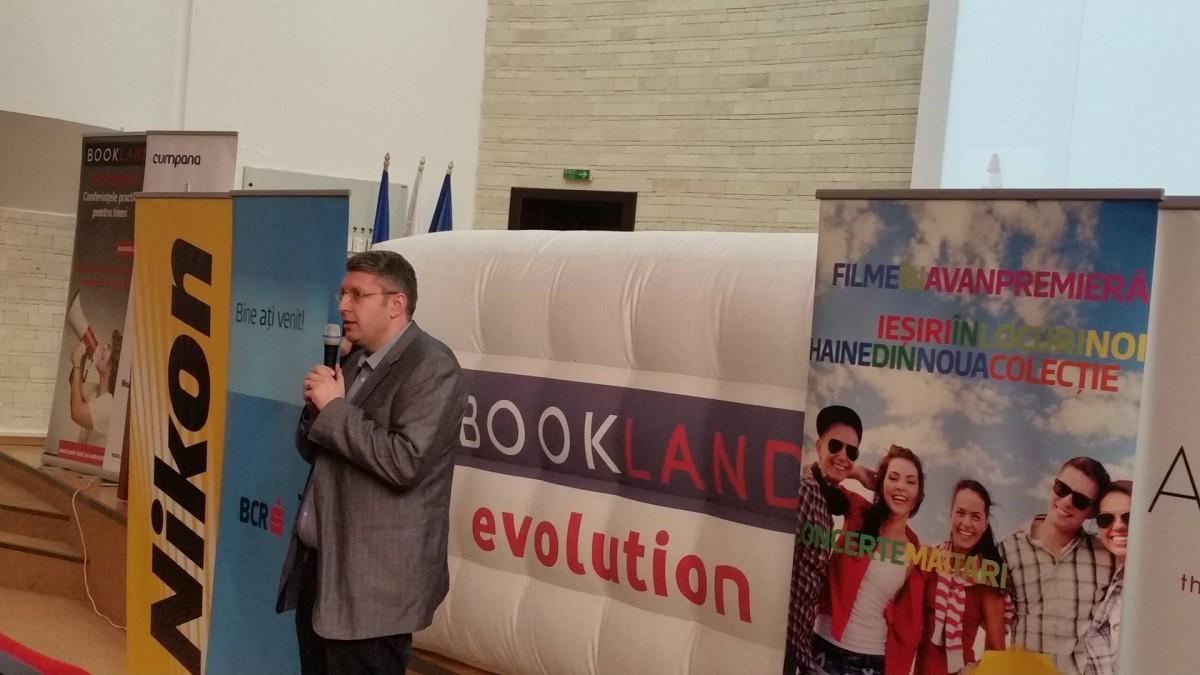 """""""BookLand Evolution"""" la Sibiu: schimb de idei între tineri şi profesionişti"""