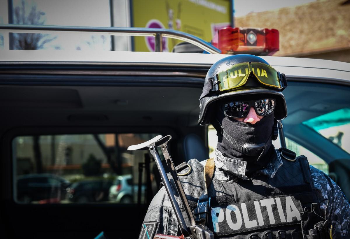 """Exercițiu de amploare al Poliției în centrul Sibiului. """"Nu vă panicați și evitați zona"""""""