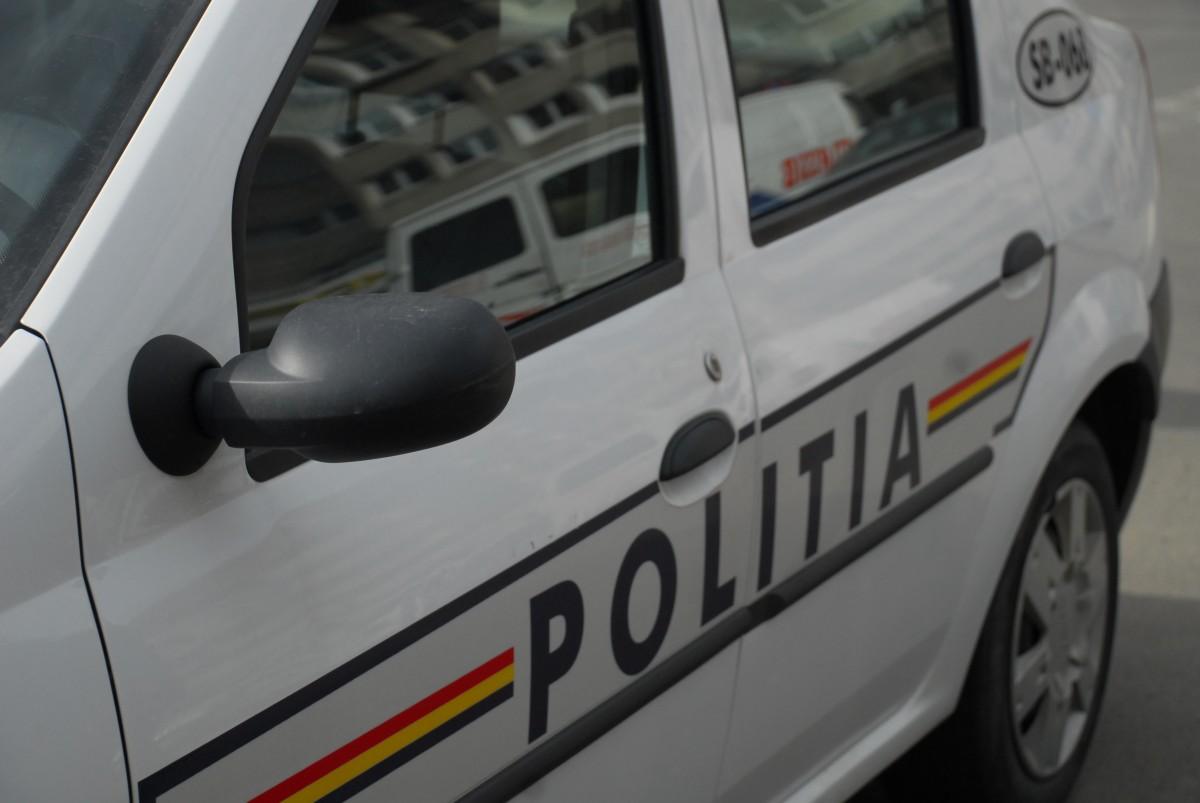 Dosar penal pentru un șofer fără permis, dar și pentru cel care i-a dat mașina