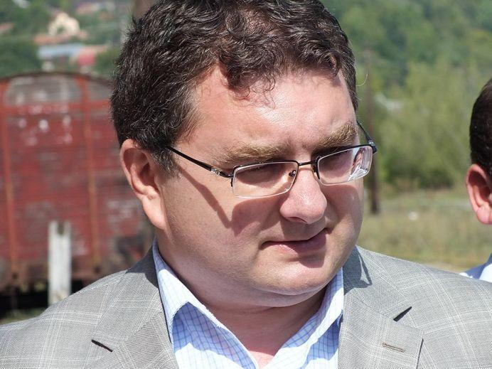 Noul ministru al Transporturilor despre autostrada Sibiu-Pitești: La jumătatea anului 2016 încep efectiv lucrările!