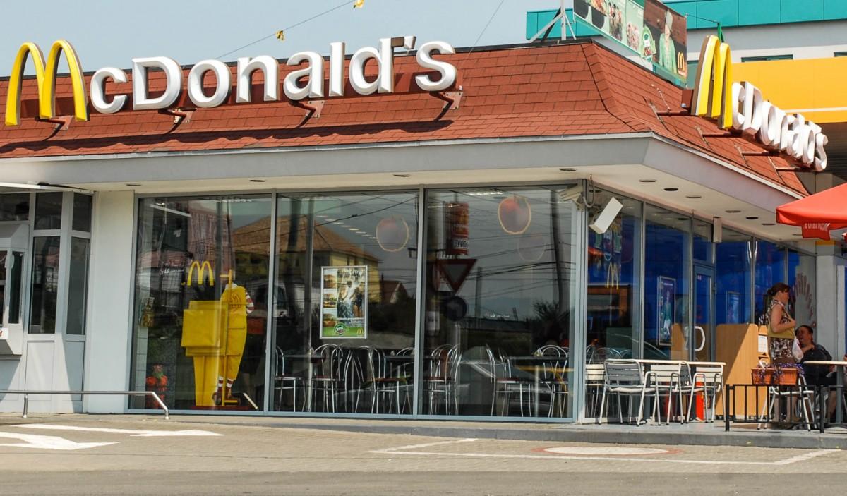 Mc Donald`s negociază deschiderea unui restaurant în centrul istoric al Sibiului