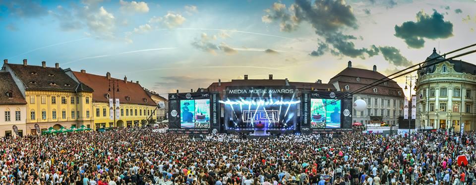 Câțiva dintre cântăreții momentului în România concertează sâmbătă la Sibiu