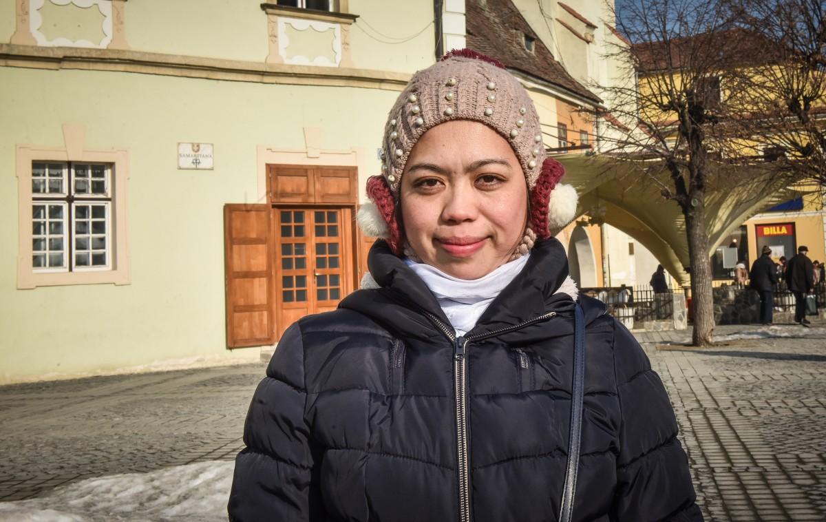 """O filipineză este primul mediator intercultural din Sibiu. """"Scopul meu este să ajut!"""""""