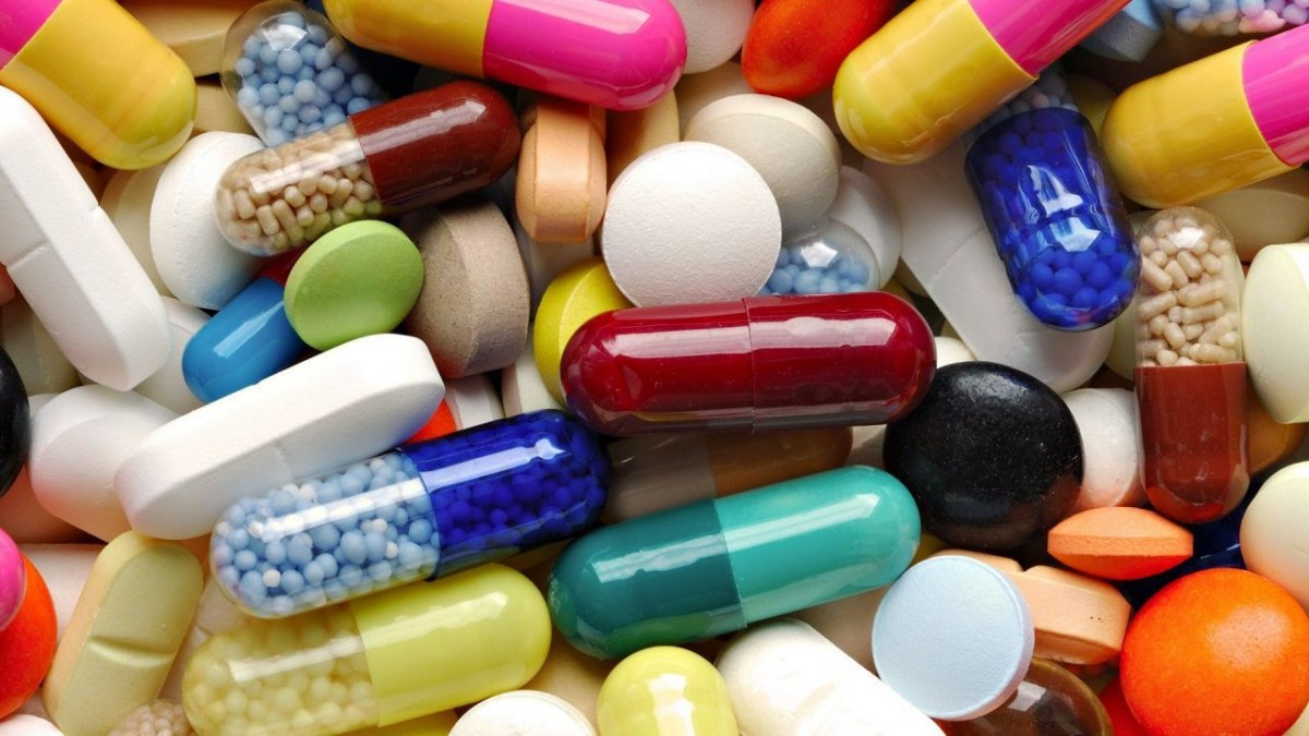 Jumătate dintre părinți tratează durerea și febra copiilor cu medicamente nepotrivite vârstei lor