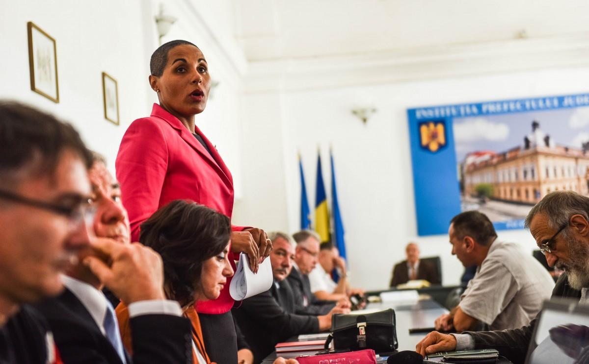 Inspectorul școlar general al județului: Educația romilor este încă la nivelul Evului Mediu