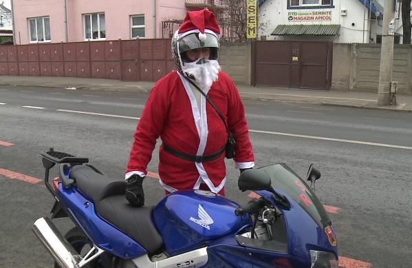 La Sibiu, vine Motomoșu'