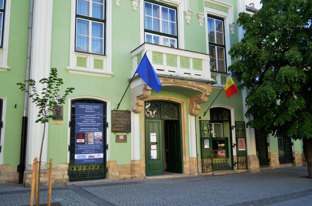 Dezbatere publică la Muzeul Astra pe tema clădirilor de patrimoniu