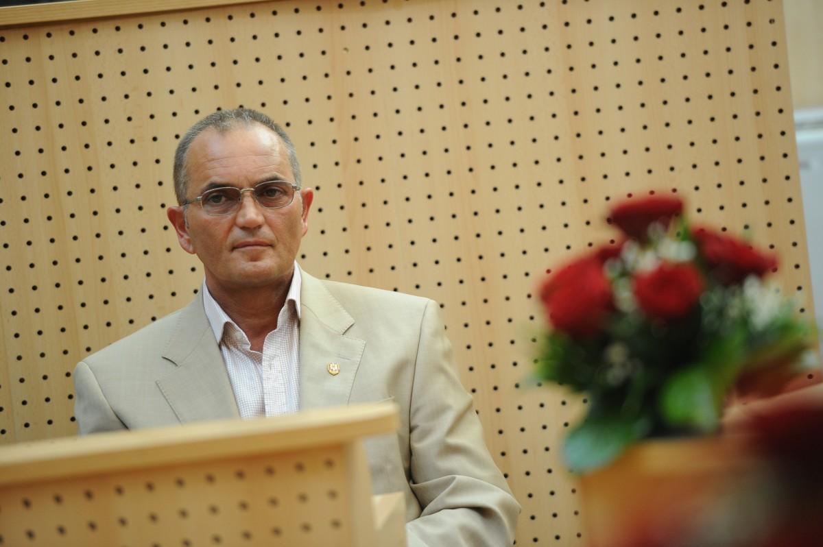 Din scenariile PSD: Neagu l-a sunat pe Iohannis să i-l dea pe Iordache la telefon pentru a-l da jos pe Dragnea