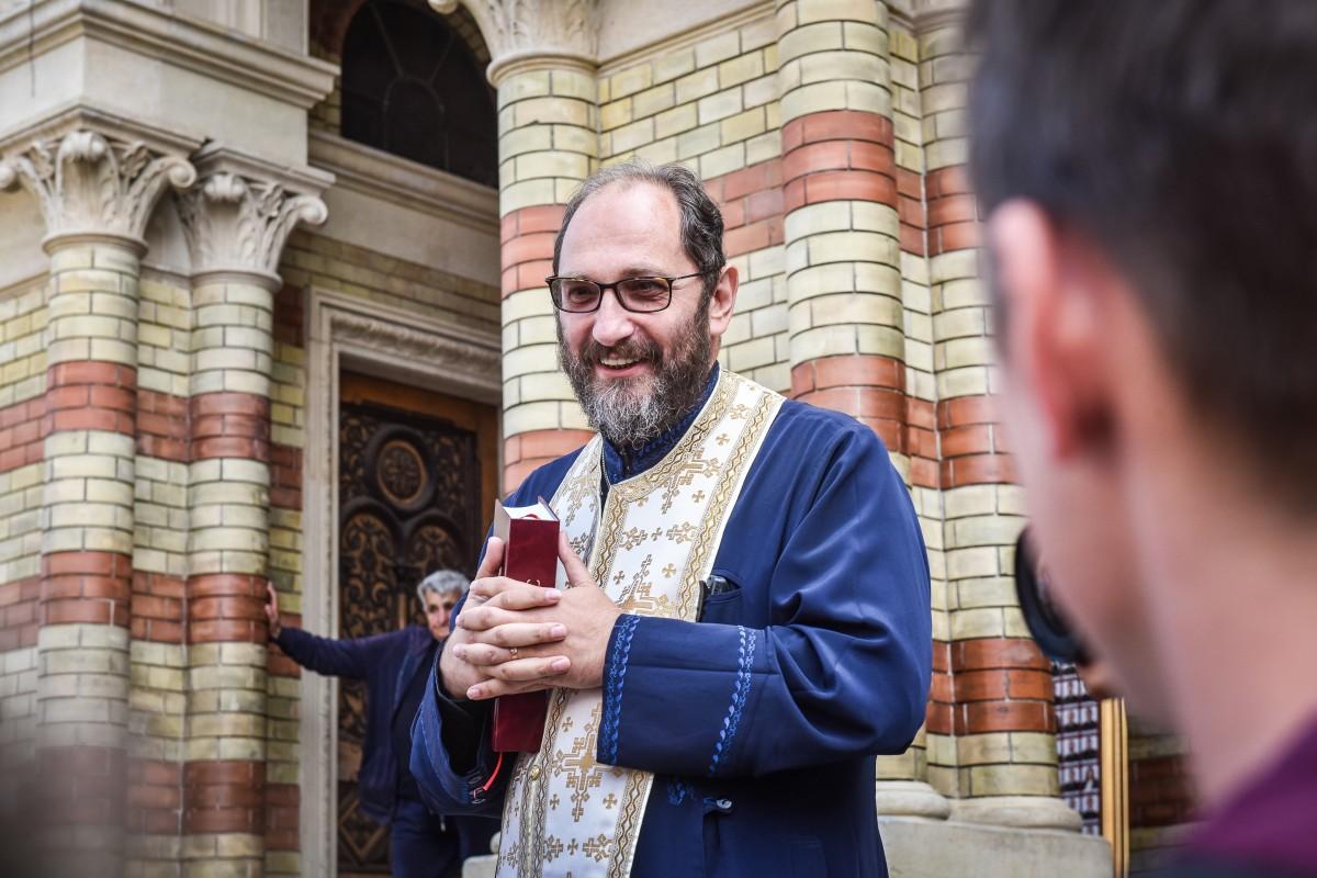 Părintele Necula, inițiator al Referendumului: Țara asta este ruptă de multă vreme, ne urâm pe sponci de ani buni