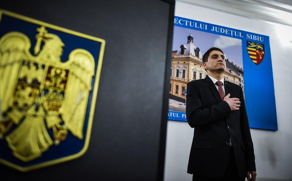 Noul prefect, ex-PDL, finul lui Știrbeț. Politic sau apolitic?/VIDEO