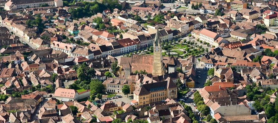 Festival medieval la Mediaș. Cavaleri, paradă, concerte, demonstrații și ateliere