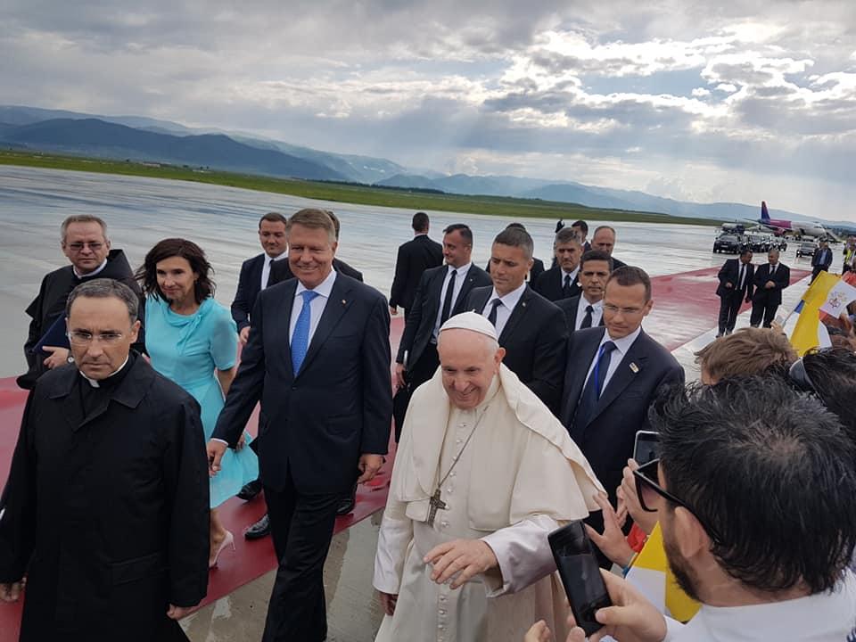 VIDEO Papa Francisc a plecat din România, de la Sibiu