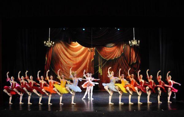 """Teatrul de Balet prezintă în martie spectacolele """"Paquita"""" și """"Anotimpurile"""""""