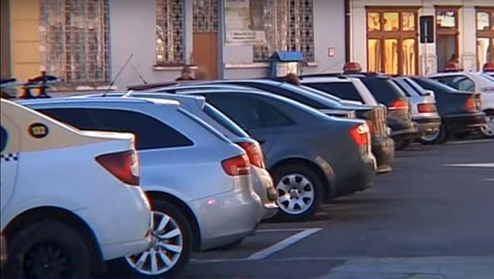 Primăria Mediaș introduce plata parcării prin SMS