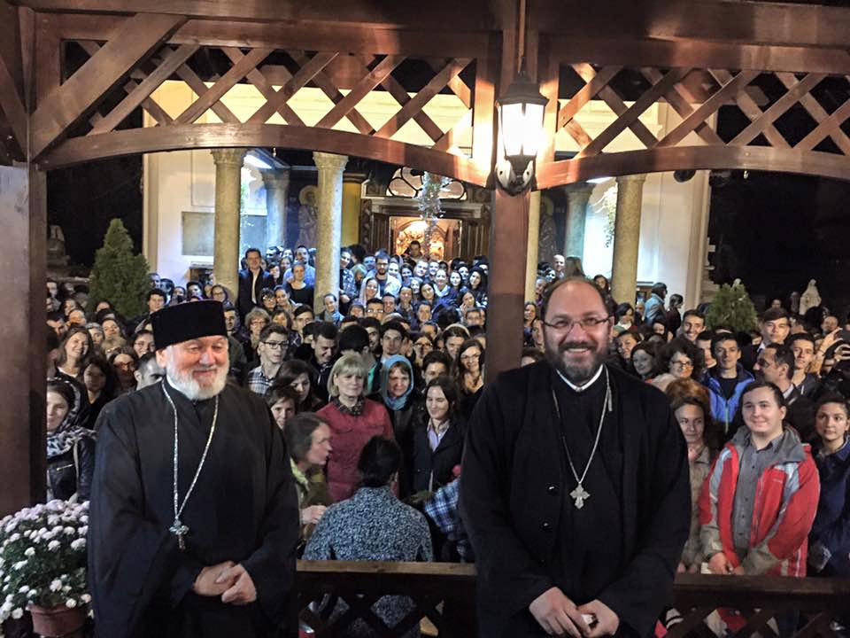 """Părintele Necula, în dialog cu enoriașii: """"Singurul joc de noroc acceptat de Biserică e căsătoria"""""""