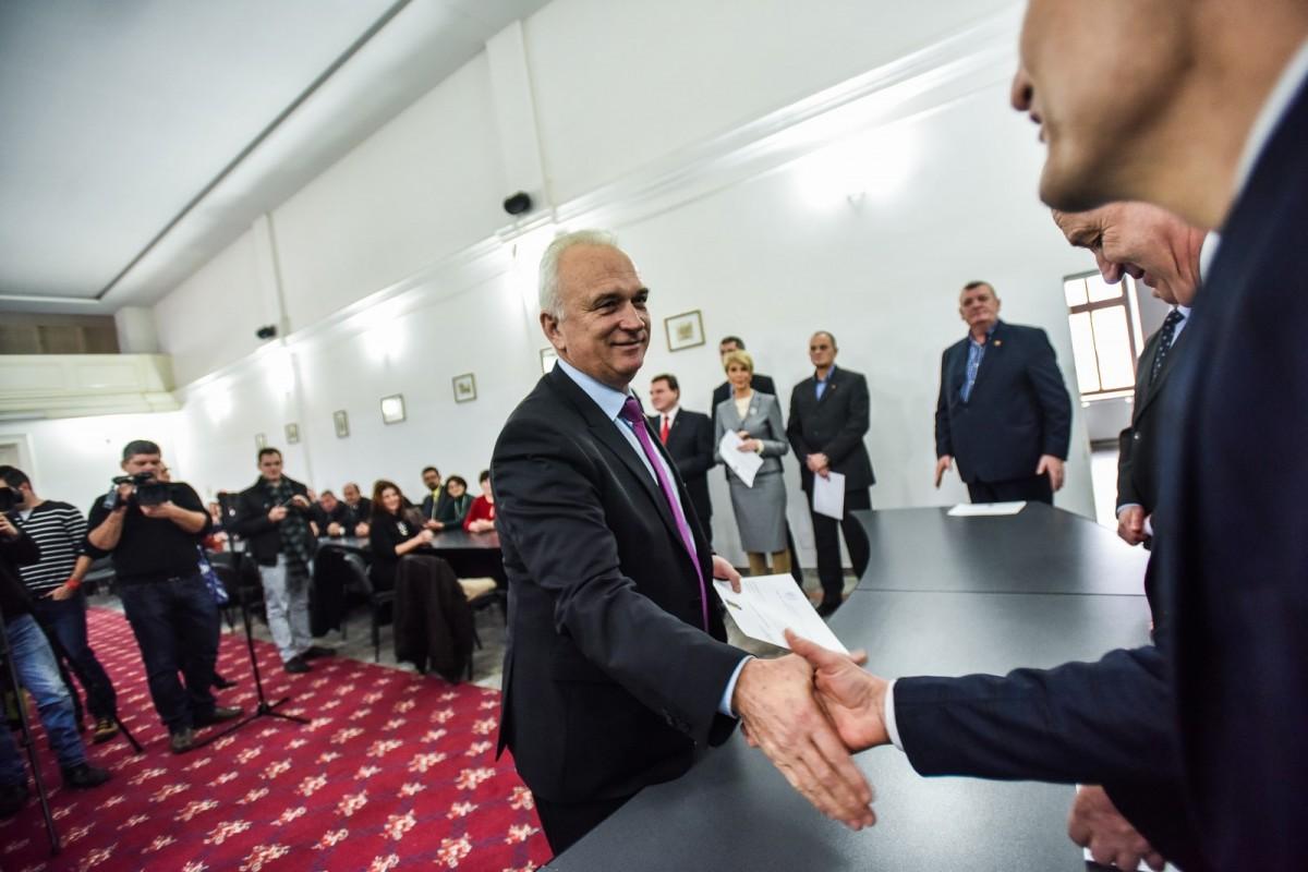 Arcaș – ministru de Finanțe. S-a amânat decizia