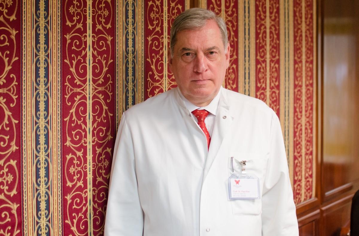 """Paul-Jürgen Porr: """"Îl susțin pe Klaus Iohannis pentru un nou mandat"""""""