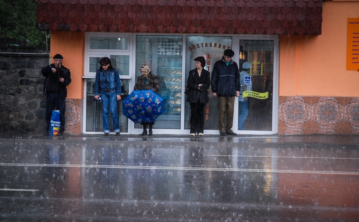 Revin ploile puternice și furtunile: Sibiul sub cod galben