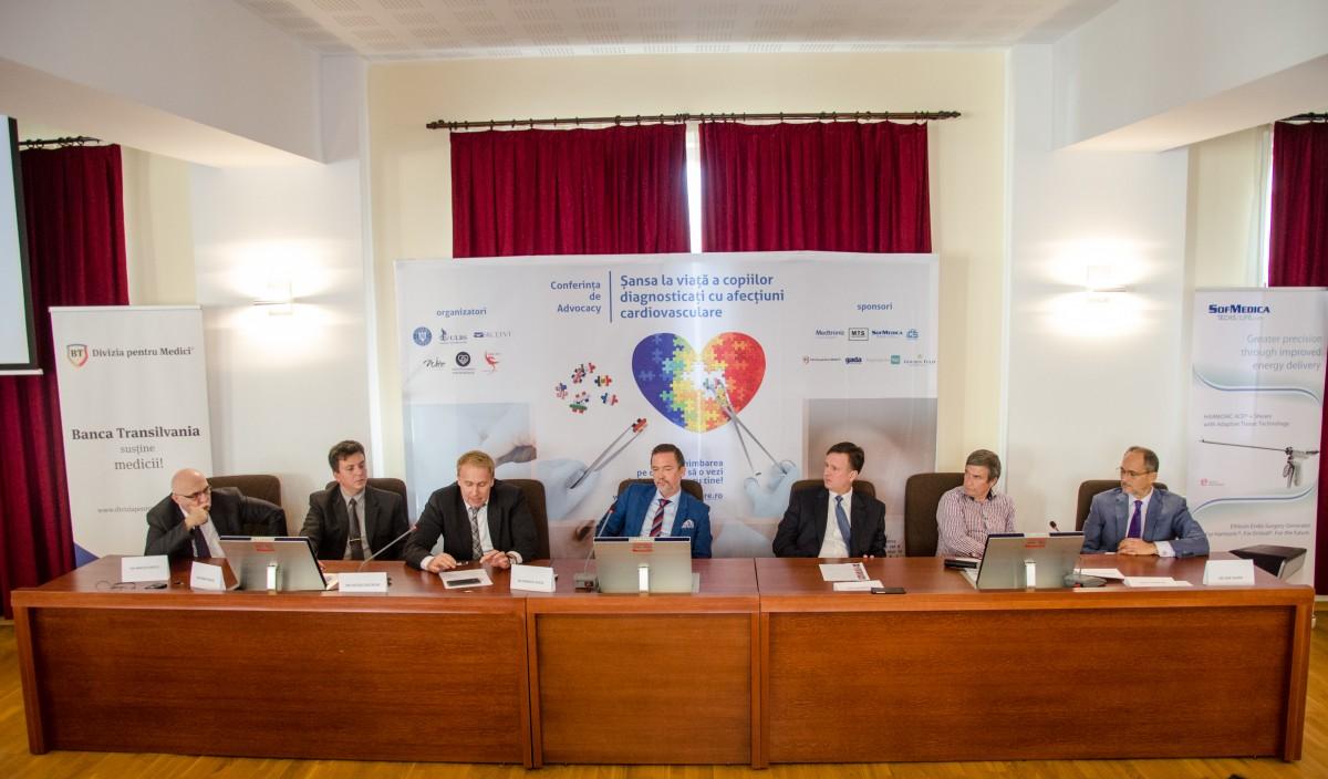 Dezbatere despre șansa la viață a copiilor cu afecțiuni cardiovasculare, în România