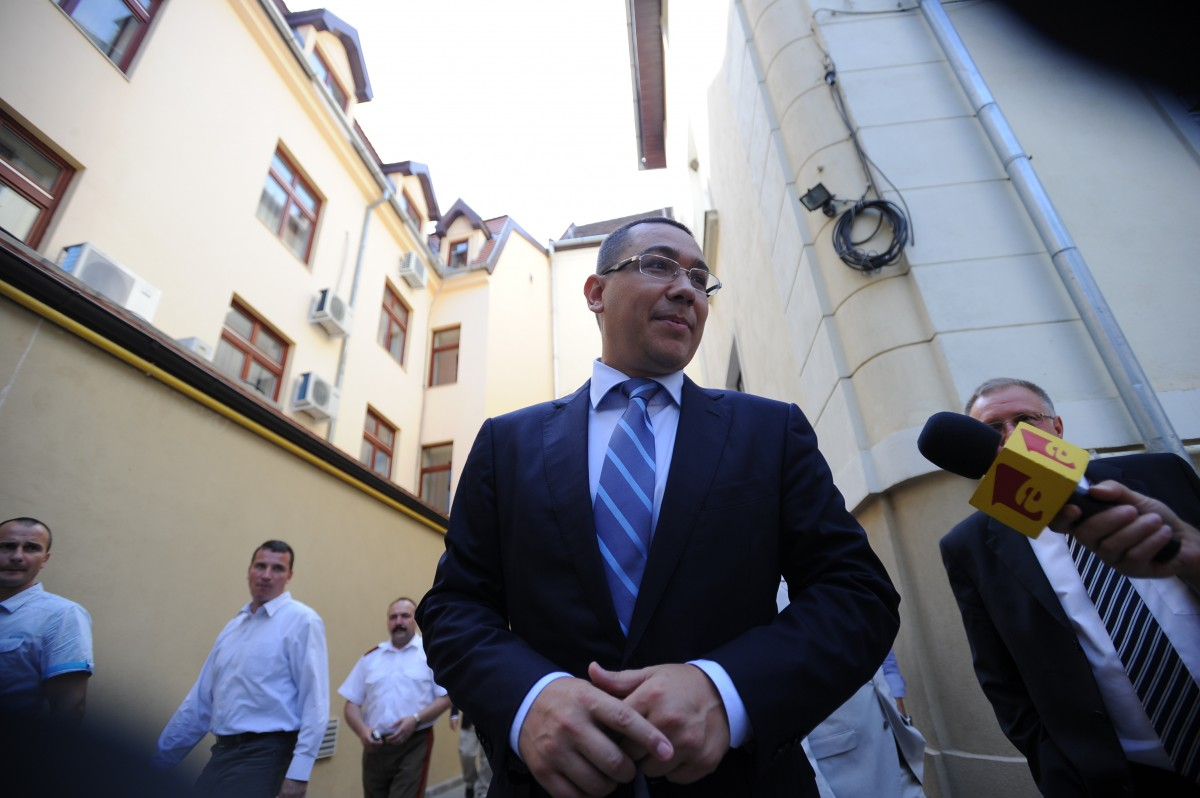 Ponta se întoarce: din Septembrie voi face politică într-un partid nou