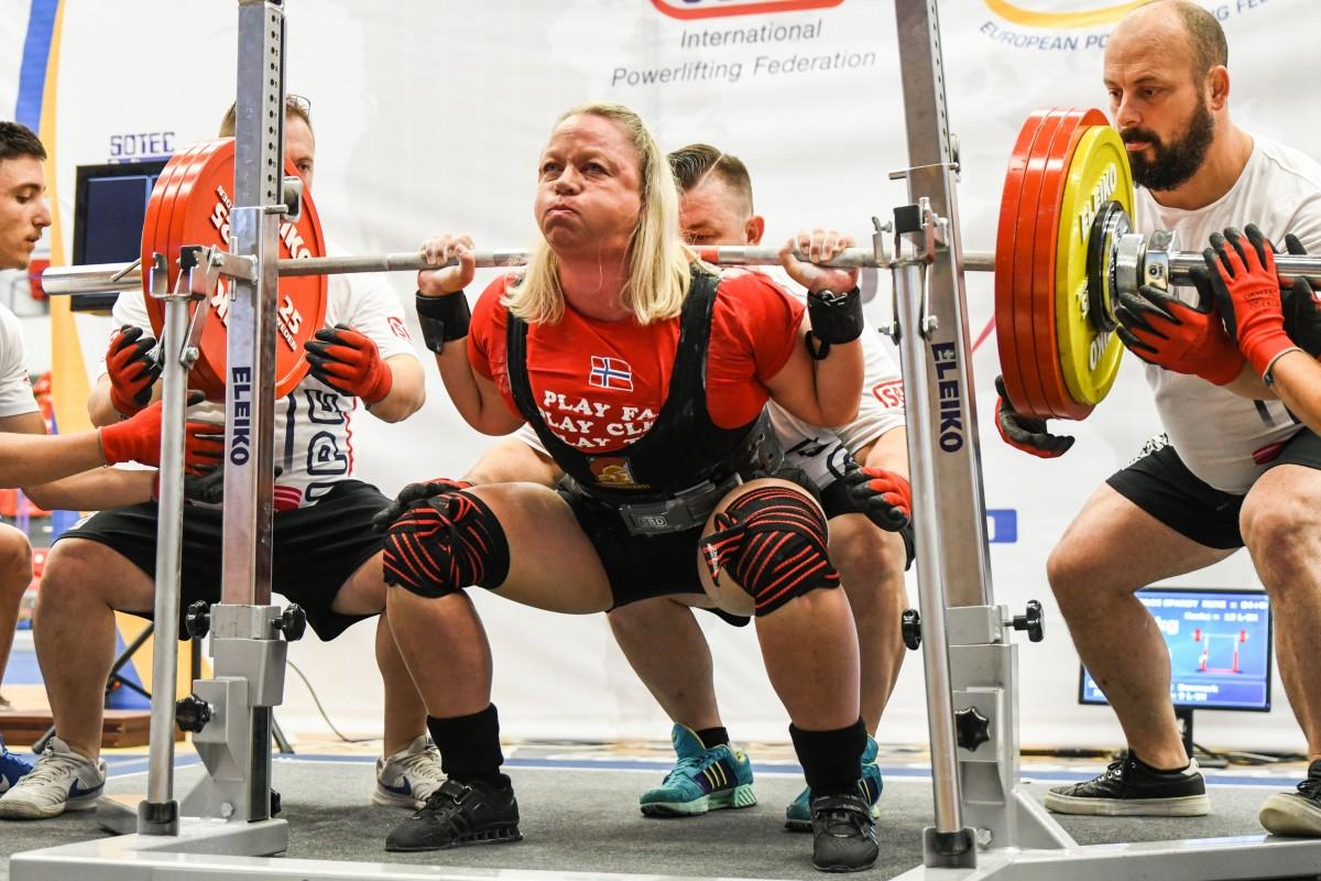 Rezultate bune obținute de români la Powerlifting, în Sala Transilvania
