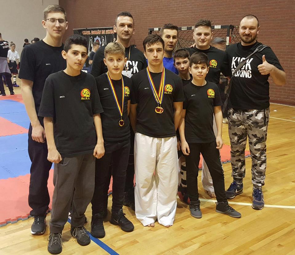 Sportivii sibieni de la Puma Fight Division s-au întors medaliați de la București