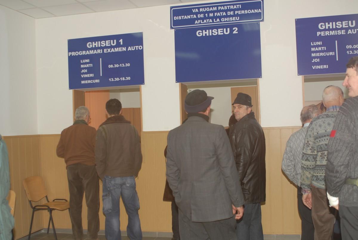 Începând de miercuri cei din nordul județului nu mai trebuie să vină până la Sibiu pentru permisul auto