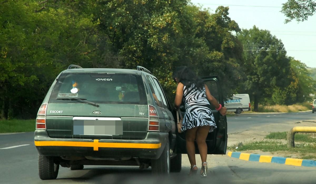 Prostituate prinse de jandarmi, în parcarea de la Veștem. Proxent, reținut