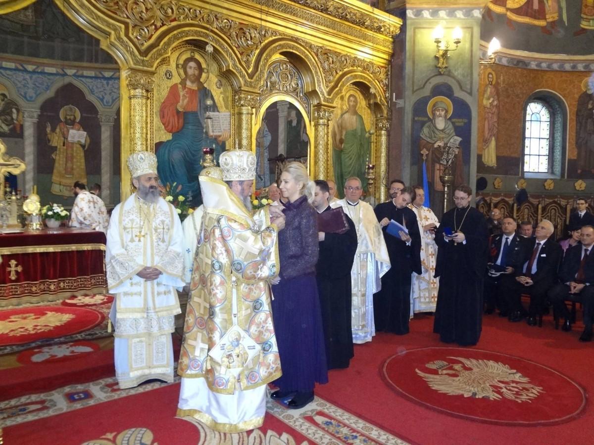 Raluca Turcan a primit Crucea Șaguniană