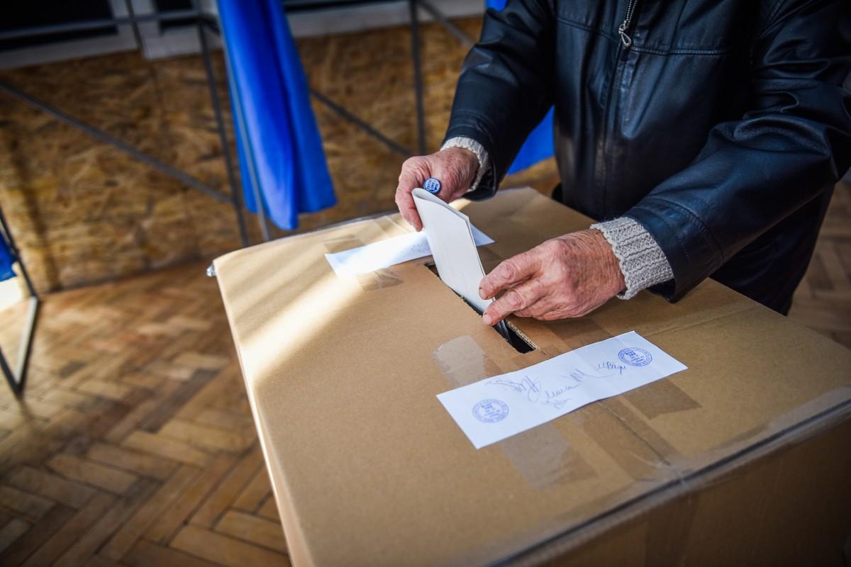 Prezența la vot europarlamentare: Sibiu 10,9%. Național: 8,77%