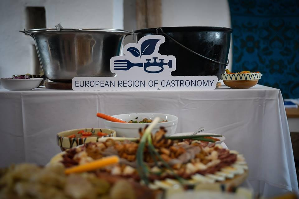 Ce fel de mâncare poate fi pus pe stindardul Sibiului