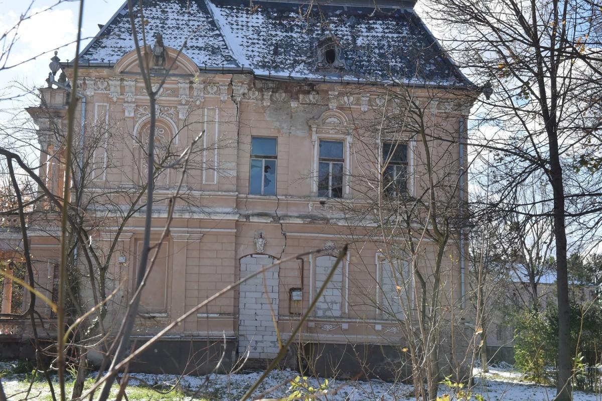 Mitropolia Ardealului, obligată să reabiliteze reședința Mitropoliților