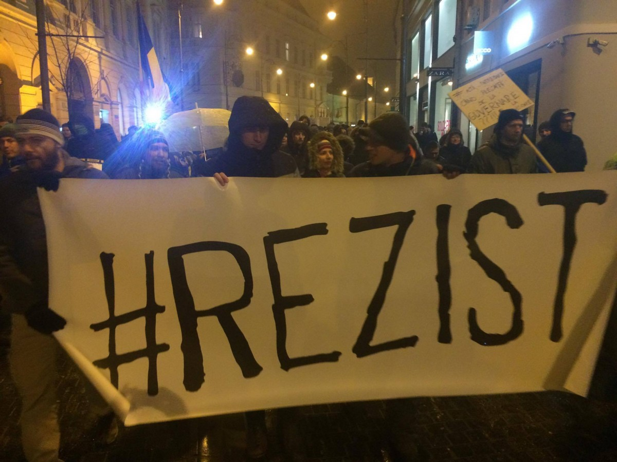 """#Rezist, """"confiscat"""" de PSD și Constantin Necula"""