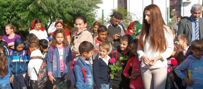 Ministrul Educației vine astăzi la Cârța. Primul after-school din mediul rural