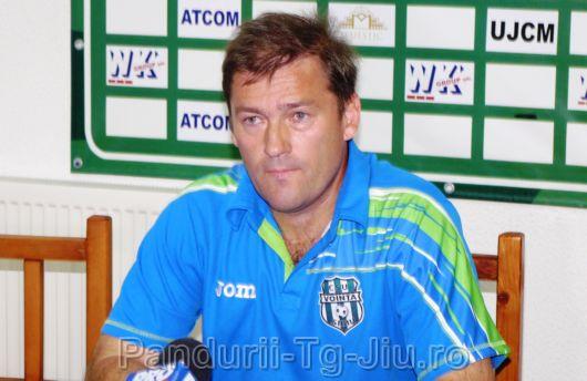 Sandu Tăbârcă, fostul director tehnic al Voinţei Sibiu, a votat falimentul echipei Rapid. Mai are bani de primit