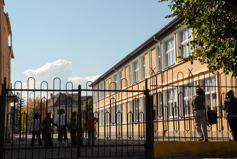 De ceelevii din Sibiu abandonează școala. Bursierii cu absențe nemotivate pierd banii oferiți de stat