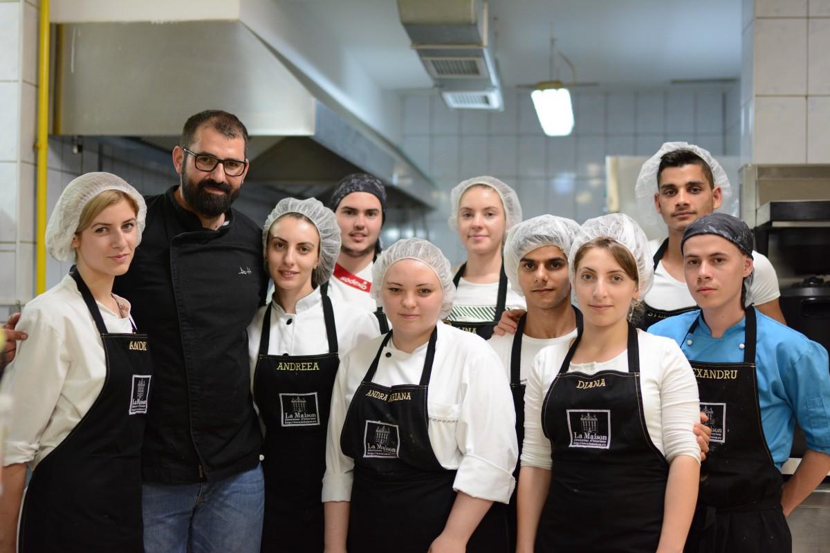 Tinerii pasionați de gastronomie se pot înscrie la Școalade Bucătari Adi Hădean