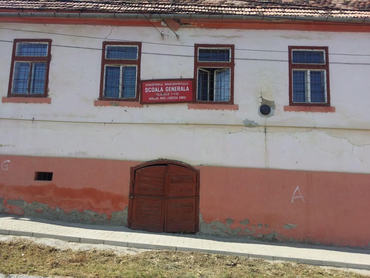 42 de directori, numiți prin detașare în școlile din Sibiu. Patru instituții încă rămân fără conducere
