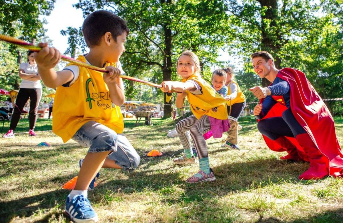 Festin culinar, zonă de distracție pentru copii și concerte atractive în weekend la Sibiul de Odinioară