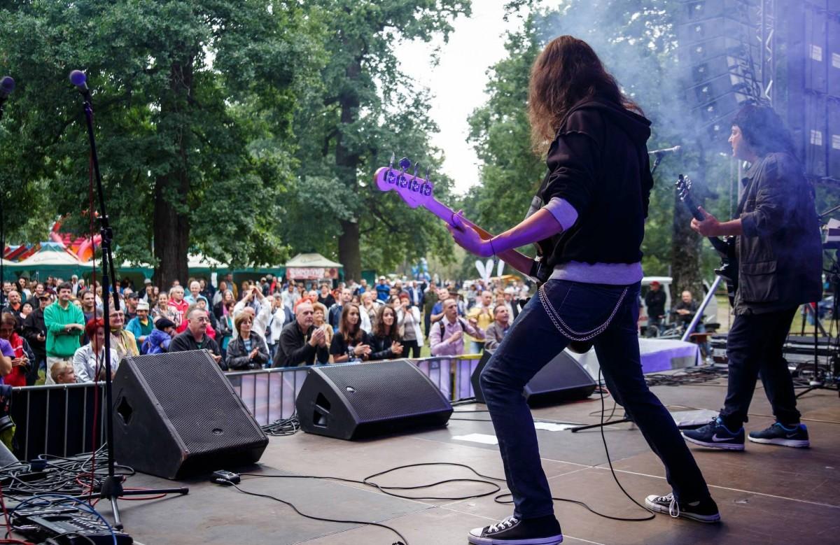 Poftiți la ''Sibiul de Odinioară'' – Super concerte cu Compact, Timpuri Noi, Mircea Baniciu și mulți alții în Pădurea Dumbrava