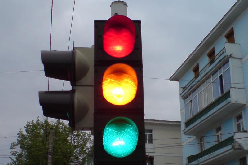 Primul semafor între Sibiu și Vâlcea va fi amplasat în Tălmaciu