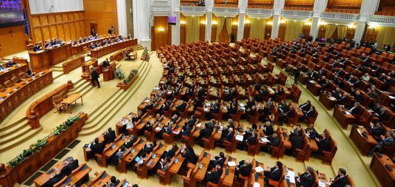 Votul prin corespondenţă, adoptat de Senat. Cum vor vota românii din străinătate