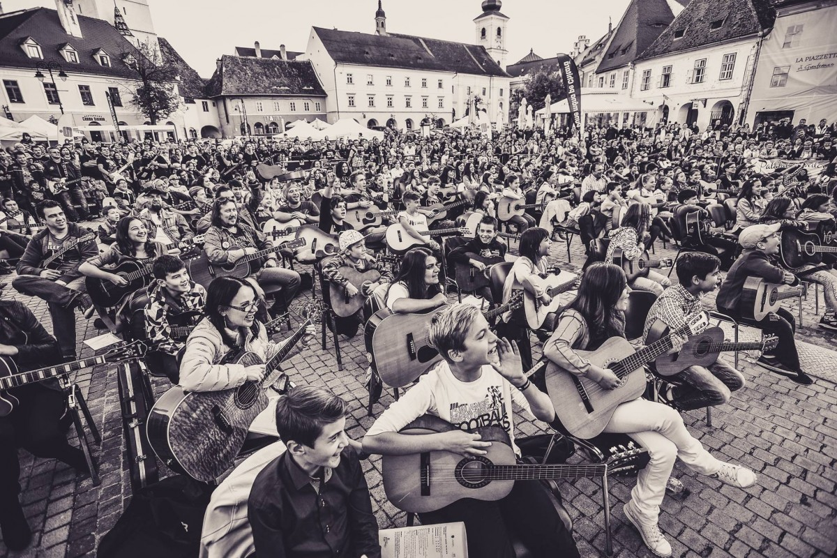 Sibiul devine din nou orașul chitarelor