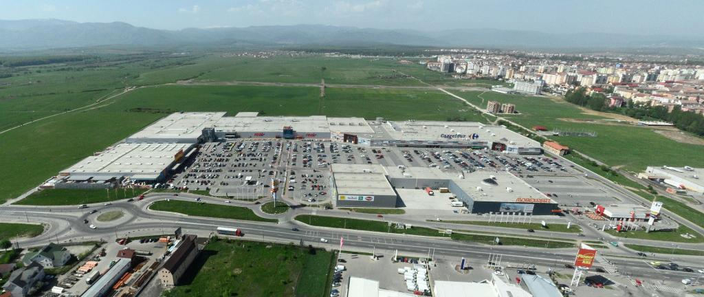 Centrele comerciale din Sibiu intră în Mileniul III
