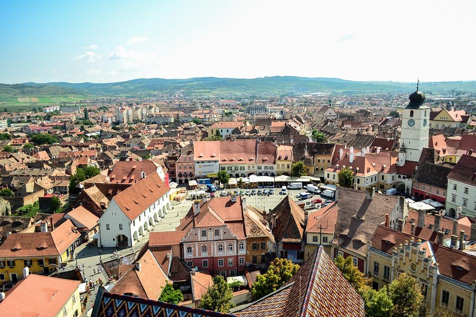 Premieră. Viitorul Sibiului pe zece ani, scos la concurs