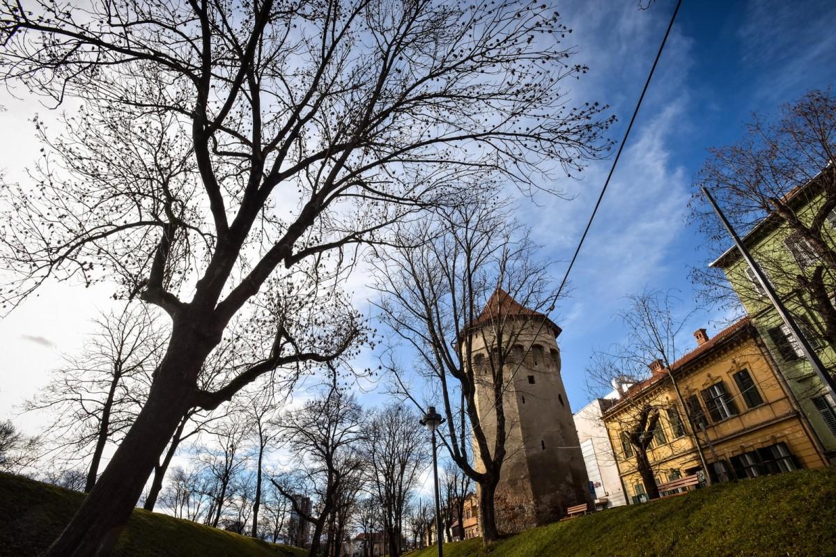 Primăria anunță șantiere în centrul istoric: piețe, ziduri, turnuri, scări