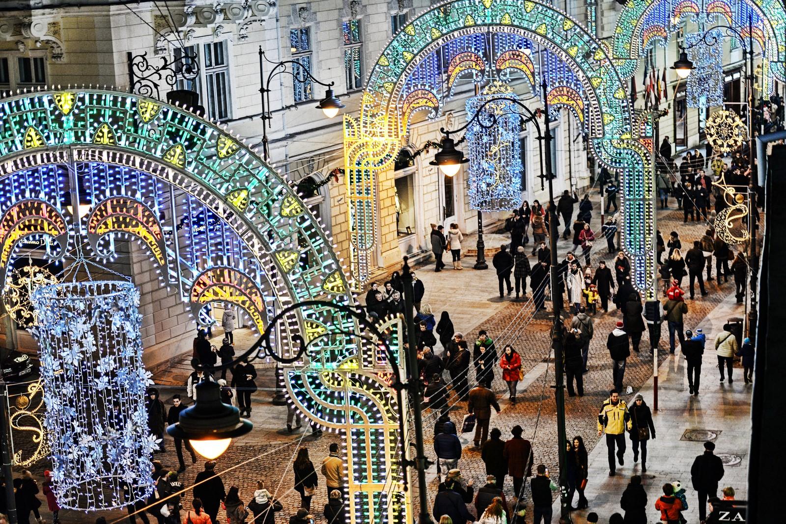FOTO Sibiu Lights and More, episodul 3. Cupolă de lumini pe Nicolae Bălcescu