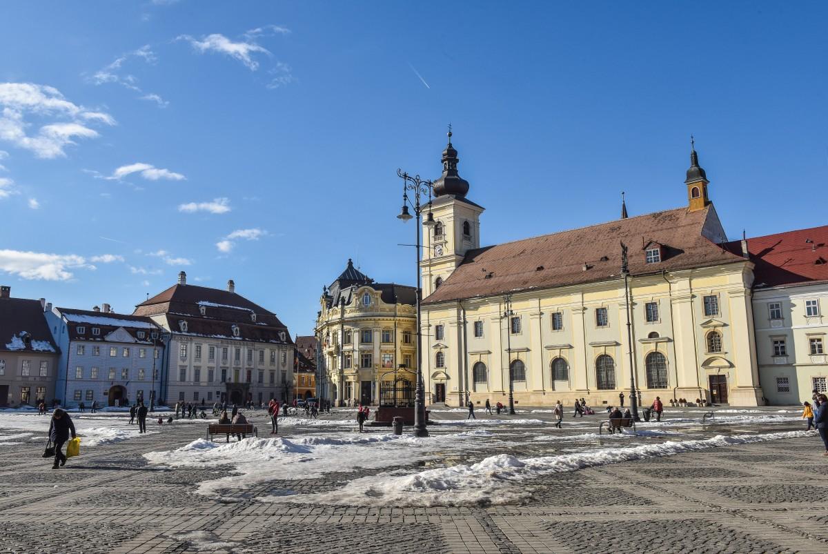 Summit-ul UE de la Sibiu: peste 100 de traducători își caută loc